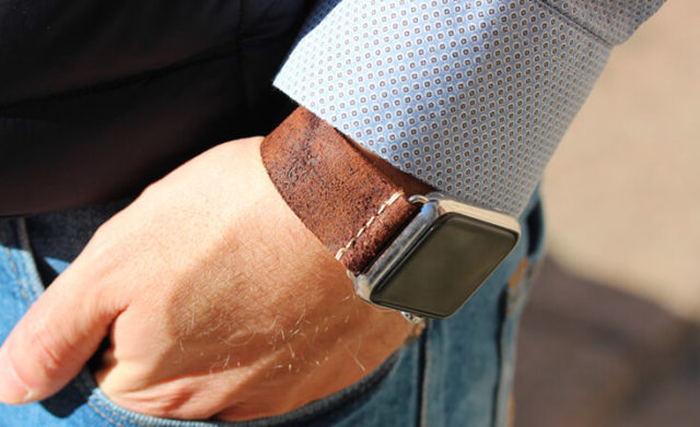 cottage-chocolate-brown-heritage-Apple-watch-leather-band-classic