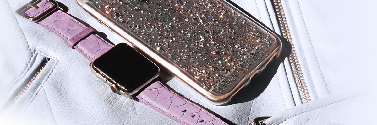 A feminine Apple Watch band by Meridio