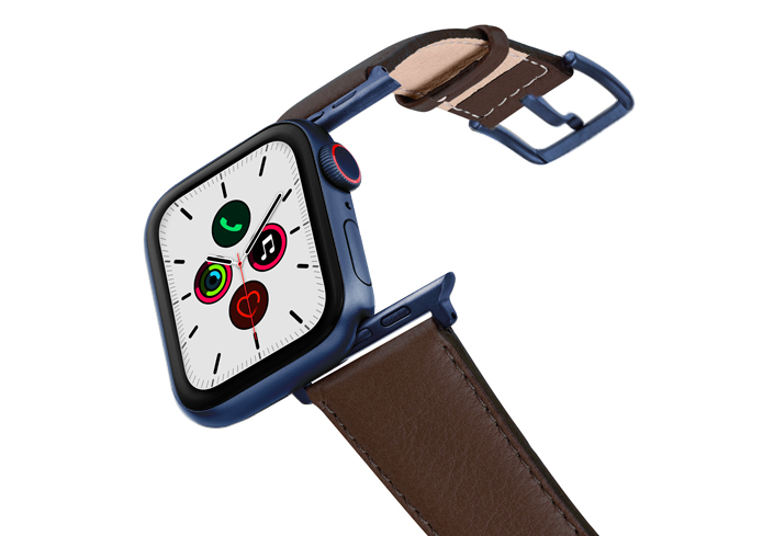 Chestnut-AW-nappa-band-on-air-with-blue-adapters