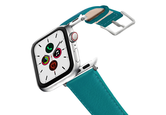 Turquoise-AW-nappa-leather-band-stainless-steel-case-on-air