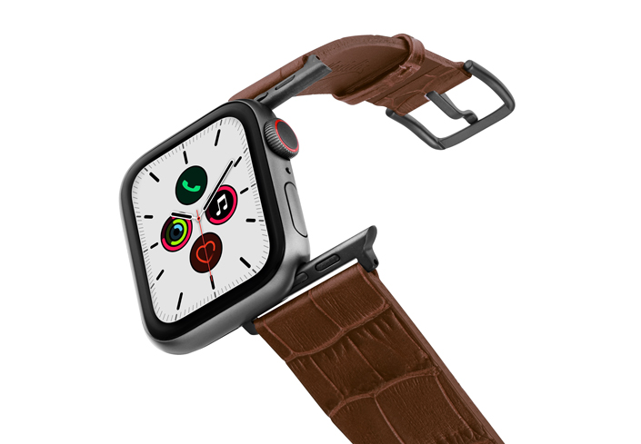 Sweetwood-Apple-watch-light-brown-genuine-leather-band-on-air-space-grey-adapters