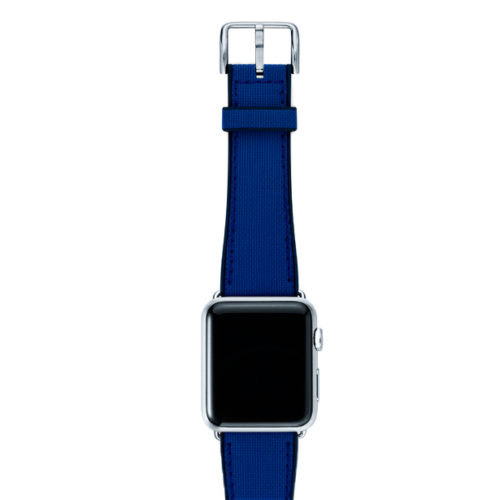Deep-Ocean-Apple-watch-blue-natural-rubber-strap-with-silver-case