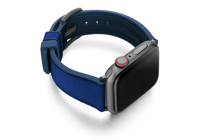 Deep_ocean_AW-Blu-natural-rubber-band-with-right-case