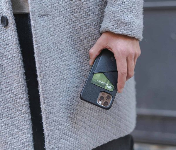 Carbon-Core_iphone-12-pro-leather-case-with-an-elegant-outfit
