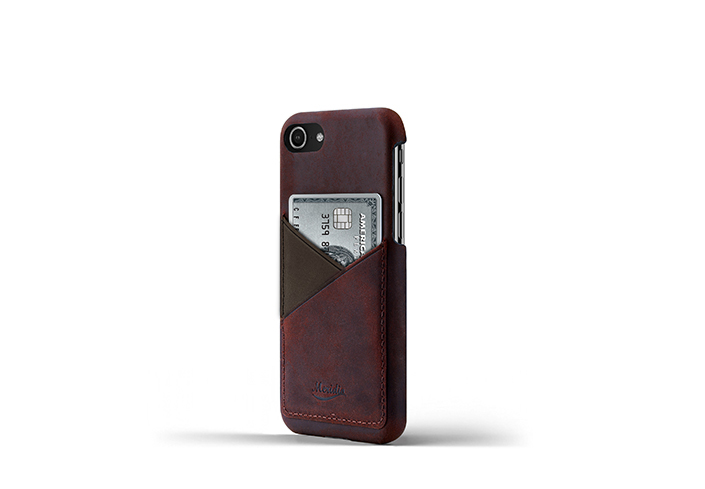 iPhone-8-bordeaux-Leather-case-on-side