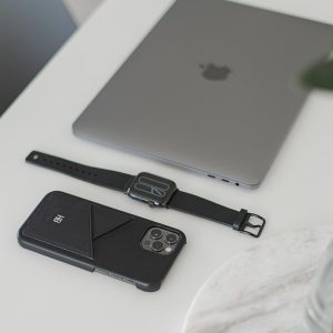 Carbon_Core-Cassel-Apple-black-combo-products-on-top-a-white-desk