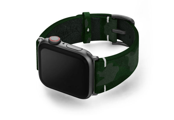 Green-Guerilla-Apple-watch-green-camouflage-leather-band-with-disaply-on-left
