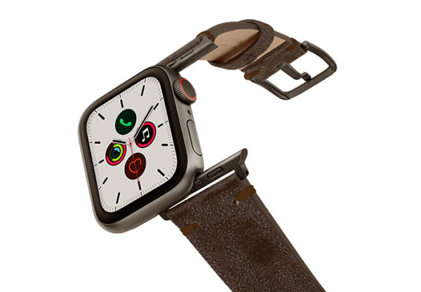 Deep-Foosil-AW-ancient-brown-leather-band-with-case-on-air