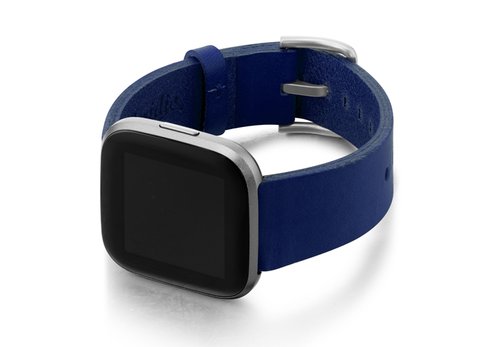 Blue-England-Fitbit-full-grain-leather-band-with-left-case