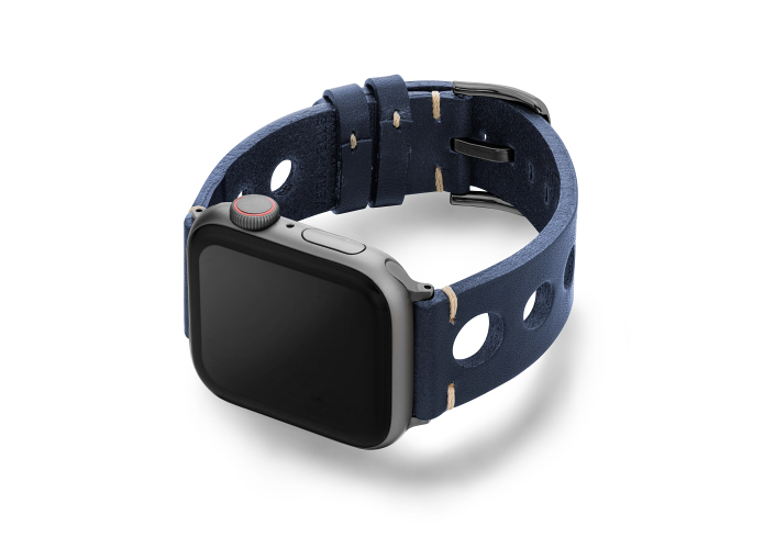Blue-AW-urban-leather-band-on-left-space-grey