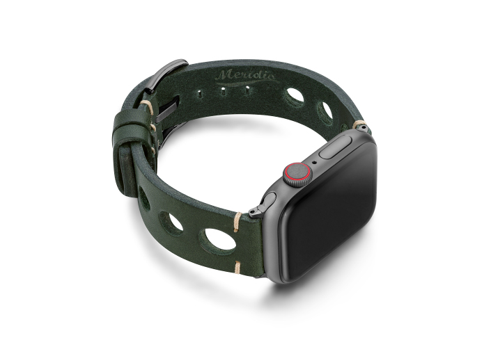 Green-AW-urban-leather-band-on-right-space-grey